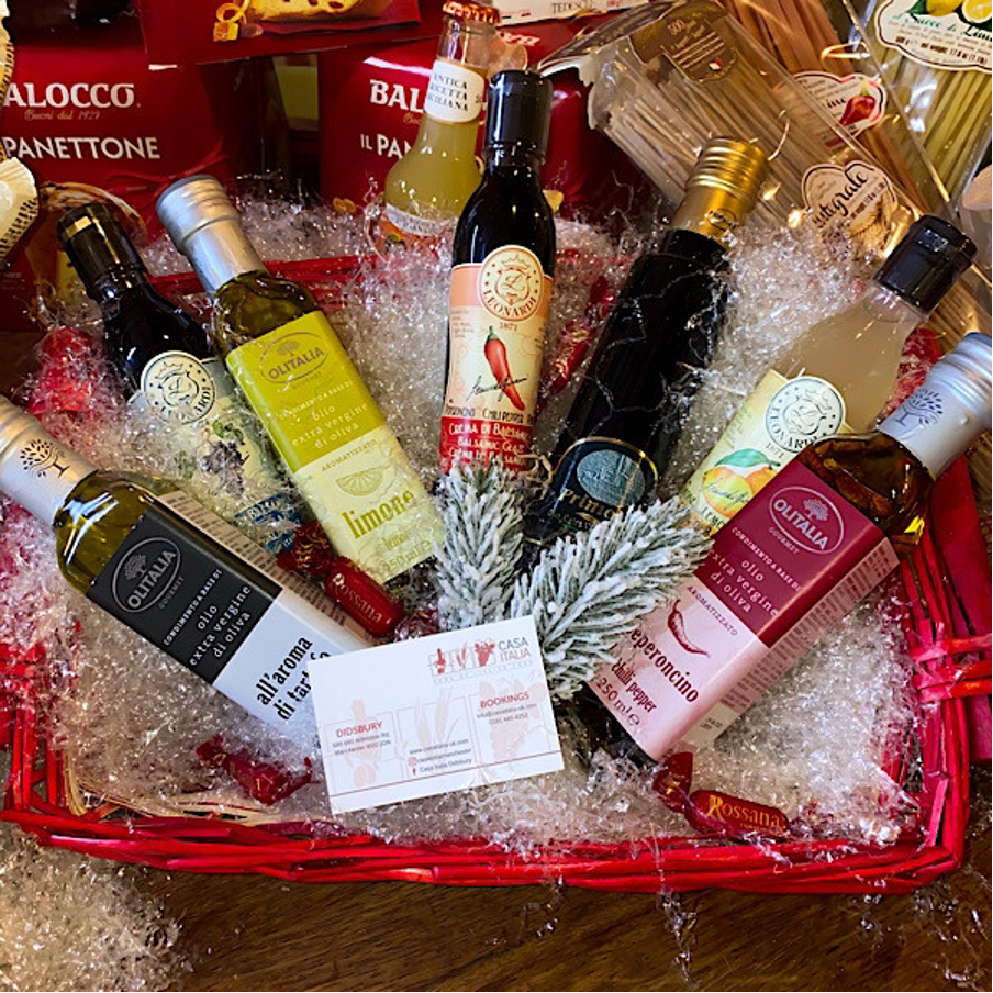 Italian olive oil and balsamic Christmas Hamper